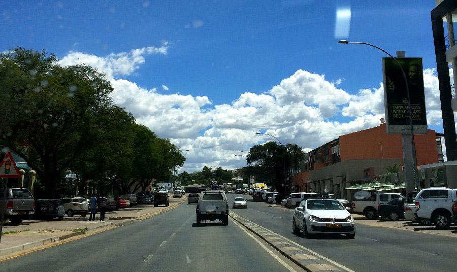 ナミビア車事情