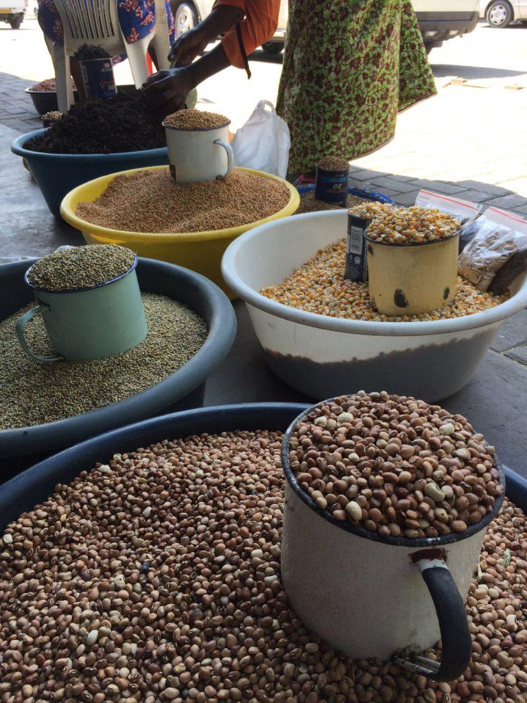 オープンマーケット Rundu ルンドゥ